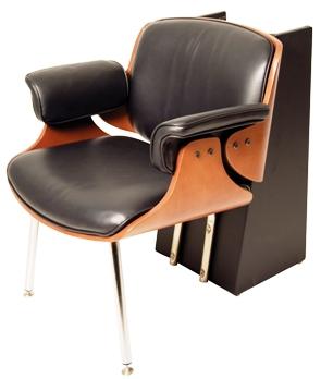 Belvedere - Mondo Dryer Chair w/ Legs