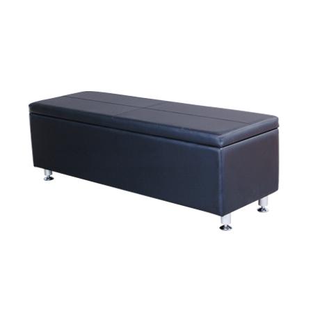 Mac - Sasha III Waiting Lounge